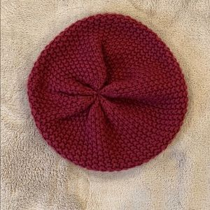 Maroon knit hat